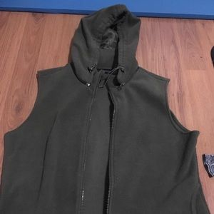 B3 Express Green Fleece Vest